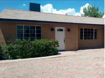 Maison unifamiliale for sales at Totally Renovated 4 Bedroom In Great Central Neighborhood 2717 E Stratford Drive   Tucson, Arizona 85719 États-Unis