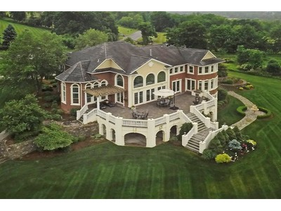 Single Family Home for  at Elegant Country Estate 8 White Tail Drive Goshen, New York 10924 United States
