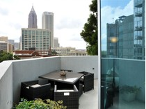 Кооперативная квартира for sales at Spire 860 Peachtree Street #702  Midtown, Atlanta, Джорджия 30308 Соединенные Штаты