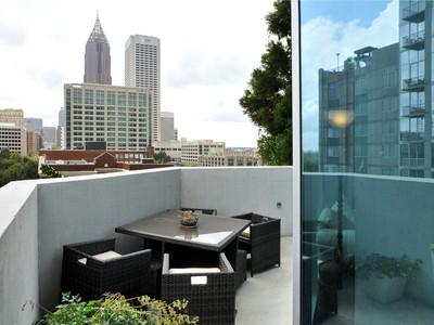 Condominium for sales at Spire 860 Peachtree Street #702 Atlanta, Georgia 30308 United States