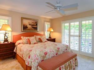 Additional photo for property listing at Ease of Condominium Living at Ocean Reef 14 Harbour Green  Ocean Reef Community, Key Largo, Florida 33037 United States