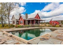 Casa Unifamiliar for sales at Dunham 1755-1759 Ch. Favreau   Dunham, Quebec J0E1M0 Canadá