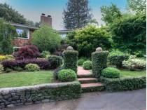 Villa for sales at Warm and Inviting Home in Winship Park 45 Barber Avenue   San Anselmo, California 94960 Stati Uniti