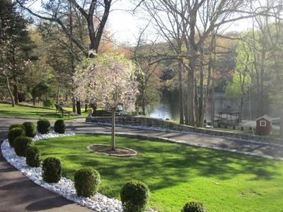 其它住宅 for sales at Waterfront Compound 44 Bell Hollow Rd Putnam Valley, 纽约州 10579 美国