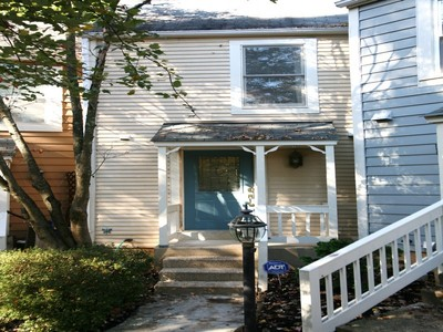 Townhouse for sales at 11292 Silentwood Lane, Reston 11292 Silentwood Ln Reston, Virginia 20191 United States