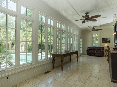 Einfamilienhaus for sales at 1454 N Edgewater Drive   Charleston, South Carolina 29407 Vereinigte Staaten