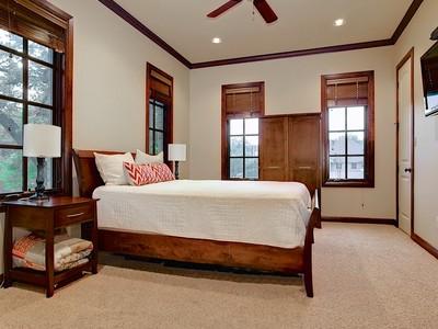 Nhà ở một gia đình for sales at 3818 W 6th Street  Fort Worth, Texas 79107 Hoa Kỳ