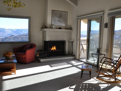 Condominium for sales at Snowmass Mountain Condominiums 55 Upper Woodbridge Road A-5 Snowmass Village, Colorado 81615 United States