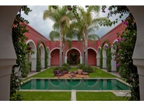 獨棟家庭住宅 for sales at Casa Oasis Rancho Las Garitas #5 San Miguel De Allende, Guanajuato 37894 墨西哥