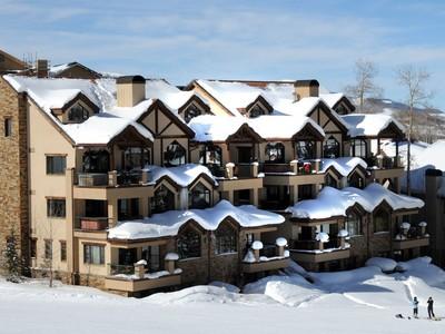 Appartement en copropriété for sales at Dakota Place, Unit 11 133 Lost Creek Lane Dakota Place, Unit 11 Telluride, Colorado 81435 États-Unis