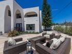 Частный односемейный дом for sales at 1770 Alta Vista Way  San Diego, California 92109 United States