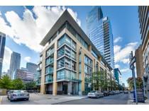 Eigentumswohnung for sales at Chic & Sophisticated Yorkville 21 Scollard Street, #701   Toronto, Ontario M5R1G1 Kanada
