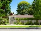Nhà ở một gia đình for sales at 13524 Oxnard St  Valley Glen, California 91401 Hoa Kỳ
