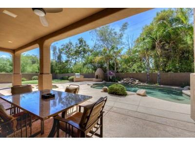 Casa para uma família for sales at Secluded Gated Community Of Only 14 Homes With Biltmore Area Amenities 6006 N 21st Place #1 Phoenix, Arizona 85016 Estados Unidos