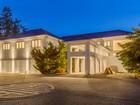 Maison unifamiliale for  sales at Medina Luxury Undisclosed  Medina, Washington 98039 États-Unis