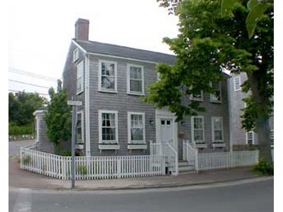 Maison unifamiliale for sales at Two for One 45 A and B  Pleasant Street Nantucket, Massachusetts 02554 États-Unis