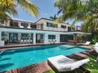 Vivienda unifamiliar for  rentals at 44 W Rivo Alto Drive  Miami, Florida 33139 Estados Unidos