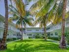 Condominio for sales at 7207 Bay Dr #13  Miami Beach, Florida 33141 Estados Unidos