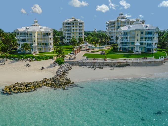 Casa para uma família for sales at Under Contract - Bayroc, West Bay Street Bayroc, Cable Beach, Nova Providência / Nassau Bahamas