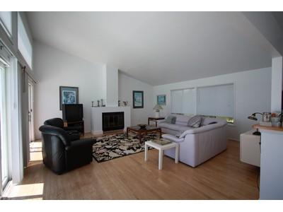 Casa para uma família for sales at Open Bay Front with Outstanding Views 6 Sandpiper Court  Westhampton, Nova York 11977 Estados Unidos