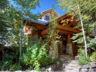 Villa for sales at Magnificent Secluded Sundance River House 9435 Alpine Loop Rd Sundance, Utah 84604 Stati Uniti