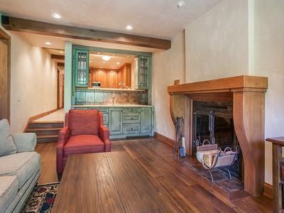 Condominium for sales at Creekside B-206 1166 Village Road, B-206 Beaver Creek, Colorado 81620 United States