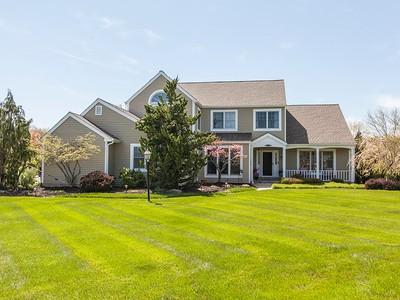 Vivienda unifamiliar for sales at Vacation At Home - Hopewell Twp 1 Timkak Lane Pennington, Nueva Jersey 08534 Estados Unidos