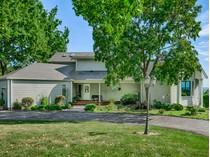 Tek Ailelik Ev for sales at Amazing Custom Home on over 5 Acres 4403 Levis Lane   Godfrey, Illinois 62035 Amerika Birleşik Devletleri