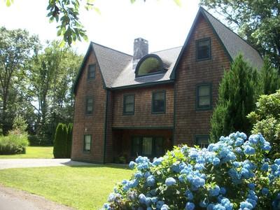 Casa Unifamiliar for sales at Great Location 4 Pheasant Dr Madison, Connecticut 06443 Estados Unidos