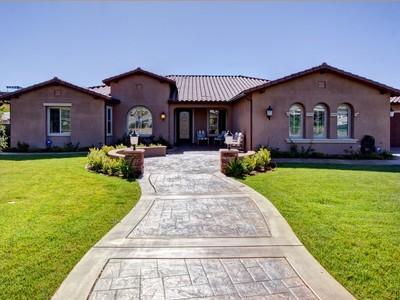 Einfamilienhaus for sales at 463 Coastal Drive  Chula Vista, Kalifornien 91914 Vereinigte Staaten