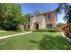 Nhà ở một gia đình for sales at 3754 W 6th Street  Fort Worth, Texas 76107 Hoa Kỳ