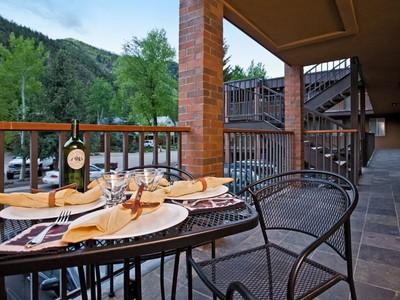 Piso for sales at Silver Glo 206 940 Waters Avenue Unit 206   Aspen, Colorado 81611 Estados Unidos