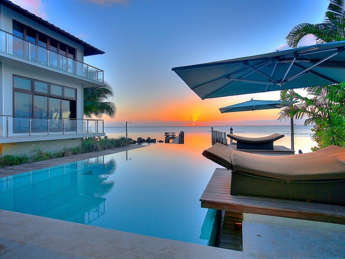 Casa Unifamiliar for sales at 7 Harbor Point  Key Biscayne, Florida 33149 Estados Unidos