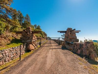 Einfamilienhaus for sales at 6135 Northway Drive   Morrison, Colorado 80465 Vereinigte Staaten