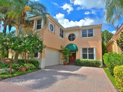 Maison unifamiliale for sales at 3782 NE 208 Terrace  Aventura, Florida 33180 États-Unis