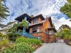 Einfamilienhaus for  sales at The Werle House on Bella Vista Hill 1026 E 28th Street Oakland, Kalifornien 94610 Vereinigte Staaten