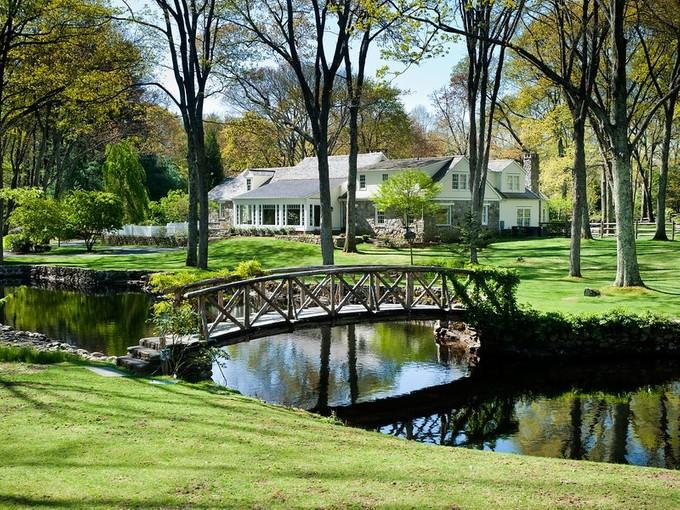 Maison unifamiliale for sales at Byebrook Estate 232 Newtown Turnpike Weston, Connecticut 06883 États-Unis