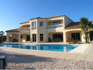 Villa for sales at Gujan Mestras, 350 sq.m Villa  Other Aquitaine, Aquitania 33470 Francia