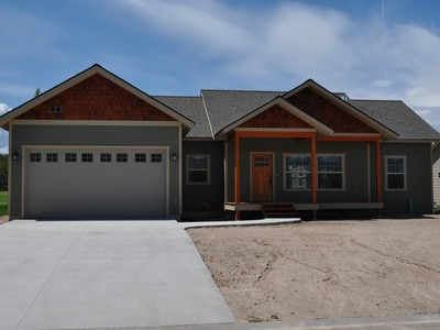 단독 가정 주택 for sales at New Ranch-Style Home at Village Greens 150 Palmer Drive Kalispell, 몬타나 59901 미국