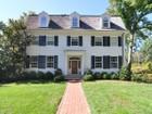 Nhà ở một gia đình for  sales at 205 Elderwood Avenue   Pelham, New York 10803 Hoa Kỳ