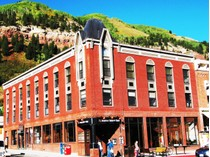 Condominio for sales at Black Bear Unit #303 101 E. Colorado Avenue, Unit #303   Telluride, Colorado 81435 Estados Unidos