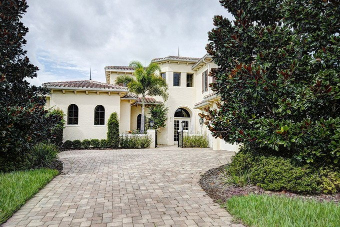 Villa for sales at Orlando, Florida 8682 Farthington Way  Orlando, Florida 32827 Stati Uniti