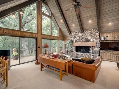 独户住宅 for sales at Tranquil Creekside Retreat 469 Oak Knoll Road  Barrington Hills, 伊利诺斯州 60010 美国