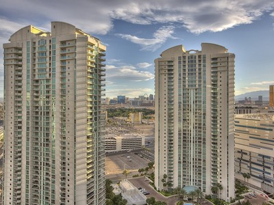 独户住宅 for sales at 2777 Paradise Rd Unit 2804  Las Vegas, 内华达州 89109 美国