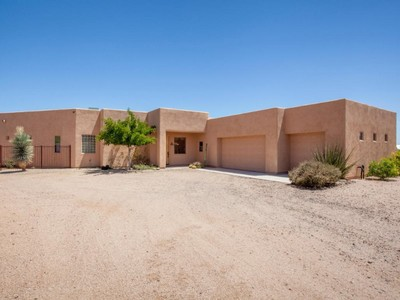 Nhà ở một gia đình for sales at Beautiful Home On An Acre Of Land With Great Mountain Views All Around 29619 N 143rd Street Scottsdale, Arizona 85262 Hoa Kỳ
