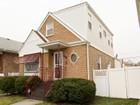 Maison unifamiliale for sales at Beautiful Spacious Home 9940 S Peoria Avenue Chicago, Illinois 60643 États-Unis