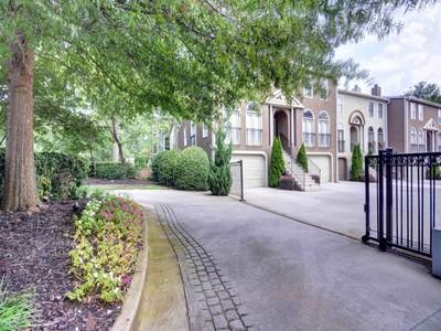 타운하우스 for sales at Beautiful Renovated Townhome 835-A Piedmont Avenue NE  Atlanta, 조지아 30308 미국