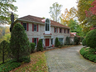 Single Family Home for sales at 122 Cove Lane  Media, Pennsylvania 19063 United States