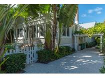 Einfamilienhaus for sales at 151 Park Avenue    Boca Grande, Florida 33921 Vereinigte Staaten