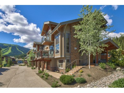 多棟聯建住宅 for sales at Ski Out to Mt. Morrisey 20-6015 Valley Drive Sun Peaks, 不列顛哥倫比亞省 V0E 5N0 加拿大